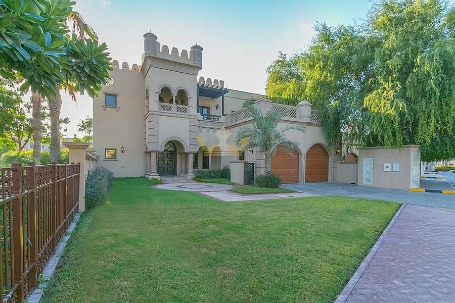 Canal Cove 3Bedrooms Villa in Palm Jumeirah
