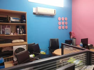 Shop for Rent in Al Satwa, Dubai - Shop/office for Rent in Al-satwa at Cheaper price