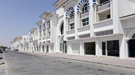 2 Bedroom Flat for Rent in Al Wasl, Dubai - Never live in - next to Canal - One Month Free