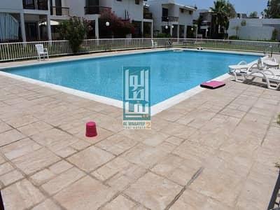 3 Bedroom Villa for Rent in Jumeirah, Dubai - 3 Bed+Maid's Garden & Shared pool