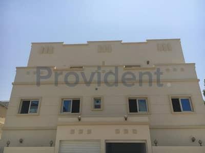 سكن عمال  للايجار في السطوة، دبي - Brand New Building Ideal for Staff Accommodation