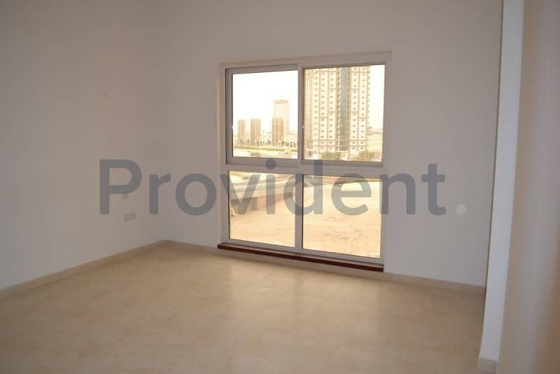 2 Vacant Feb | Spacious Layout | Lower Floor