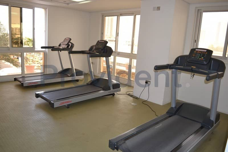 10 Vacant Feb | Spacious Layout | Lower Floor