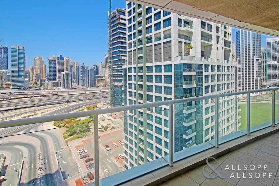 1 Bed | Lake and Marina View | Vacant Now
