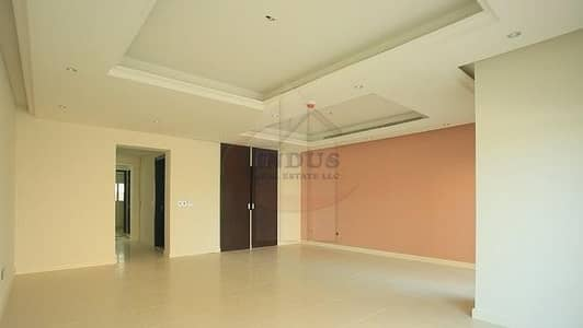 3 Bedroom Villa for Sale in Jumeirah Golf Estate, Dubai - Distressed deal ! 3 Bedroom Townhouse in Redwood Park For Sale