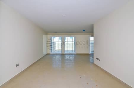 تاون هاوس 2 غرفة نوم للايجار في مثلث قرية الجميرا (JVT)، دبي - Huge 2 BR+M Townhouse