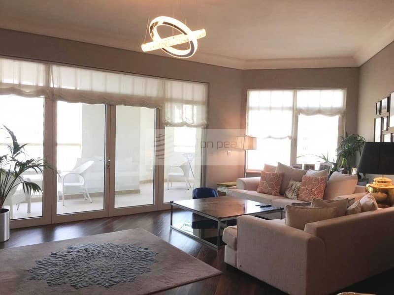 Fully Furnished   Upgraded 3Br+M   Available Now