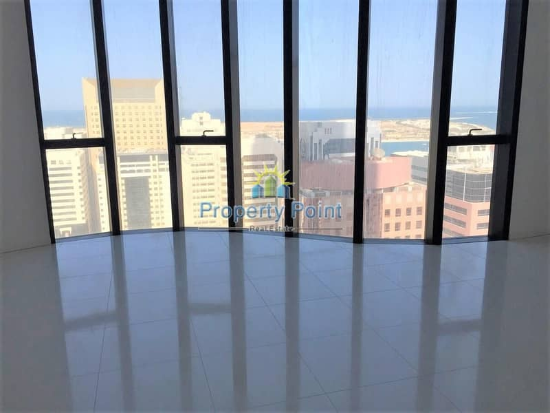 2 1-4 Payments/Cheques. Full Sea View. Spacious 3 Bedroom Apartment with Maids Room
