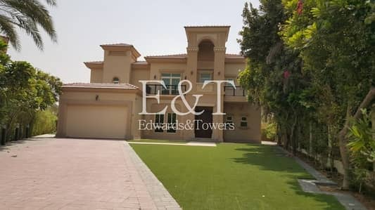 4 Bedroom Villa for Rent in Jumeirah Islands, Dubai - Stylish 4BR+Maids Villa | Private Pool | JI