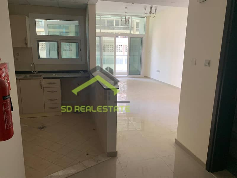2 Spacious 1 BR in Uniestate Sports City at 465K