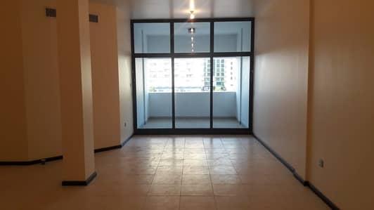 فلیٹ 3 غرفة نوم للايجار في شارع الكورنيش، أبوظبي - شقة في شارع الكورنيش 3 غرف 100000 درهم - 4283507