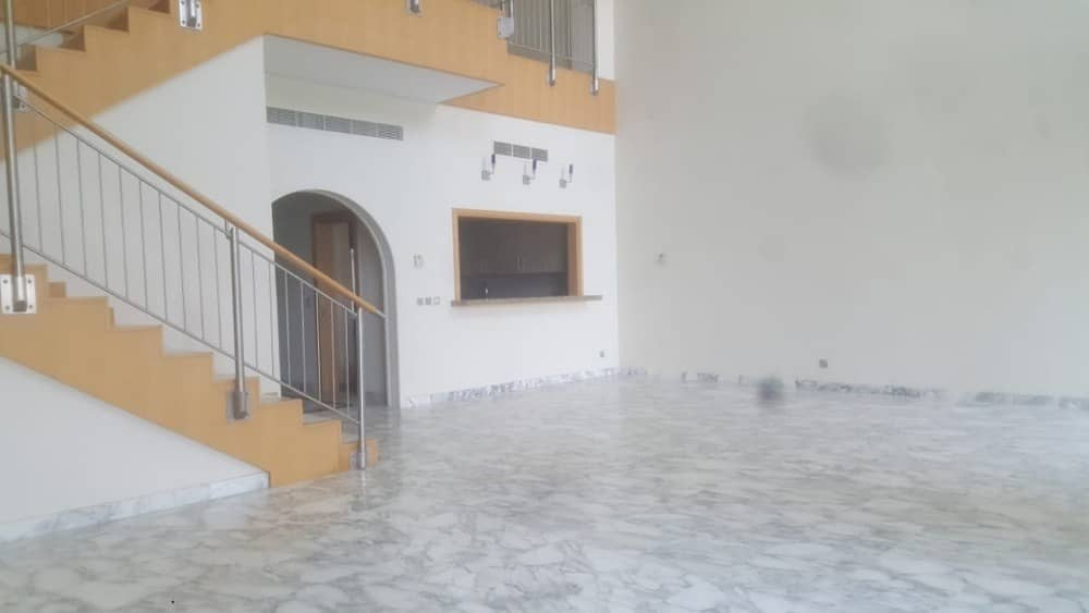 BIG Size 4Bedroom Maid Penthouse for Rent in Palm