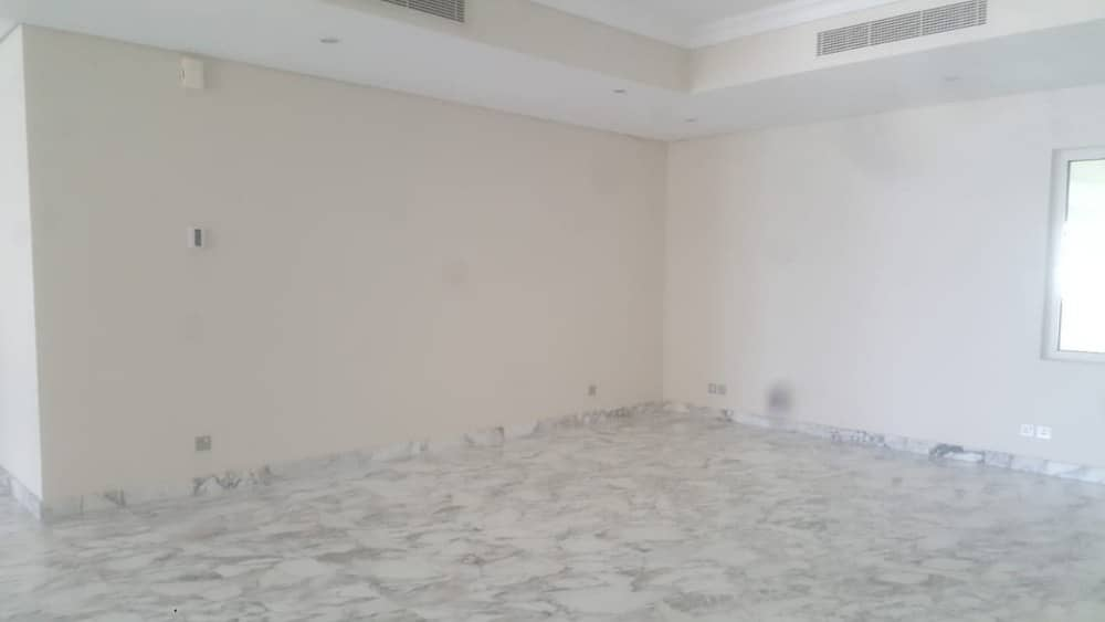 2 BIG Size 4Bedroom Maid Penthouse for Rent in Palm