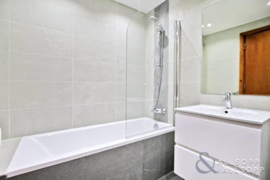 10 4 Bed Duplex | Partial Marina View |Vacant