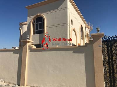 فیلا 5 غرفة نوم للايجار في بر دبي، دبي - Huge Villa  Pure Prestige & Exclusivity perfect for all families