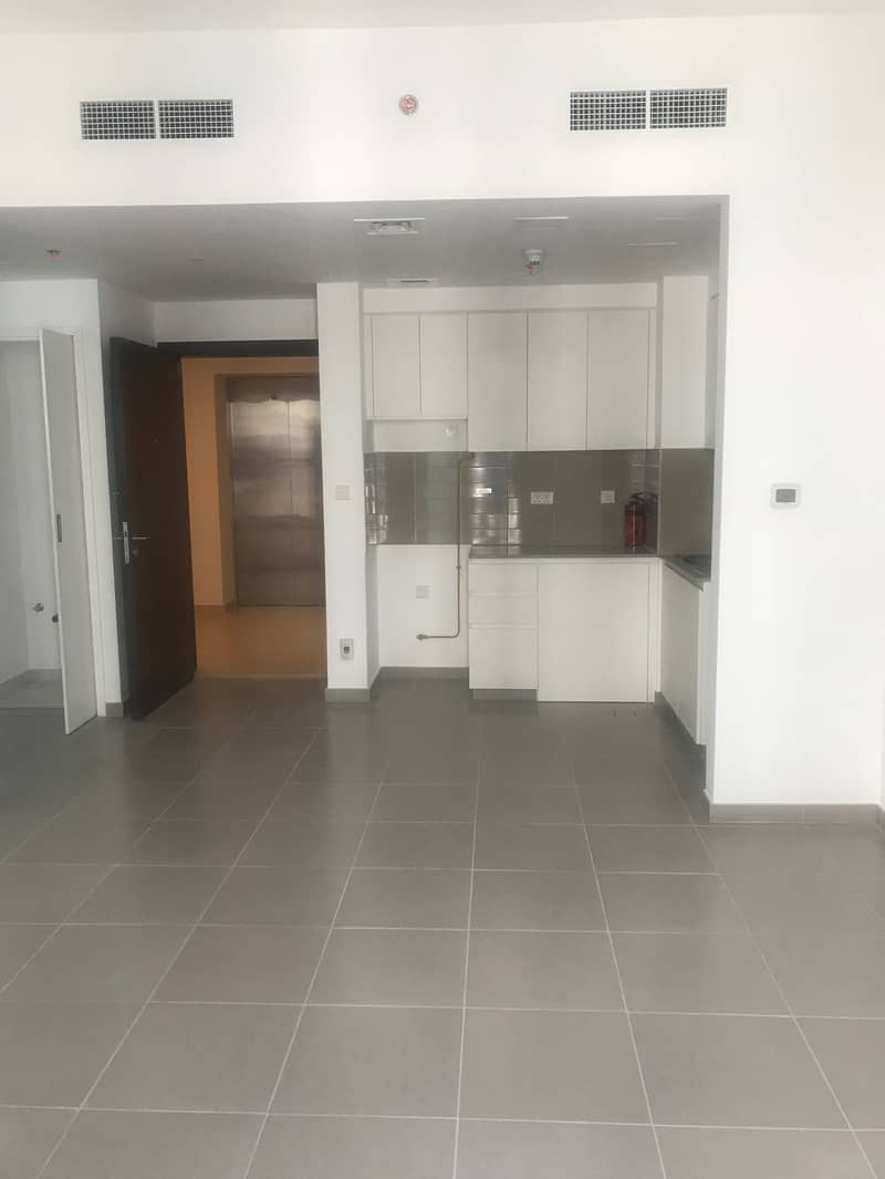 brand new one bedroom for rent in safi, town square, dubai