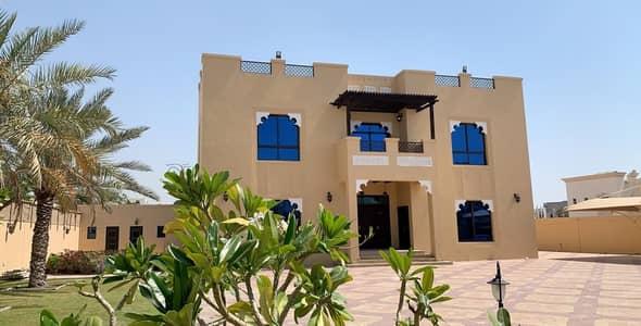 فیلا 4 غرفة نوم للايجار في البرشاء، دبي - Fully Furnish Luxury 4Bedroom Villa For Rent in Al Barsha 3
