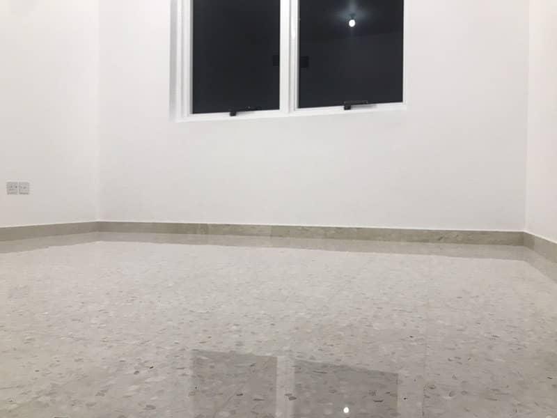 شقة في آل نهيان 2 غرف 60000 درهم - 4279311