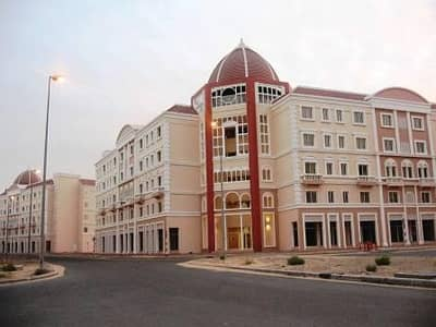 شقة 1 غرفة نوم للبيع في المدينة العالمية، دبي - غرفة نوم إيطاليا العنقودية تأجير جيدة عودة المدينة الدولية