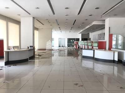 معرض تجاري  للايجار في ديرة، دبي - 12