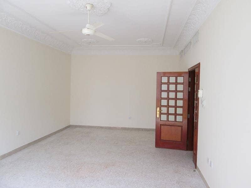شقة في منطقة النادي السياحي 2 غرف 60000 درهم - 4286505