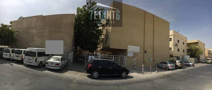 سكن عمال  للايجار في القوز، دبي - Suitable for investors: 23 Rooms indep labour camp with 7 person capacity + 14 bathrooms + 7 washbasins + 2 kitchens
