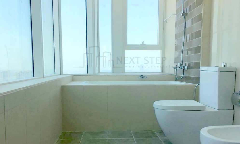 10 2 Months Free !!! Elegant 3 BR Hall with Amenities