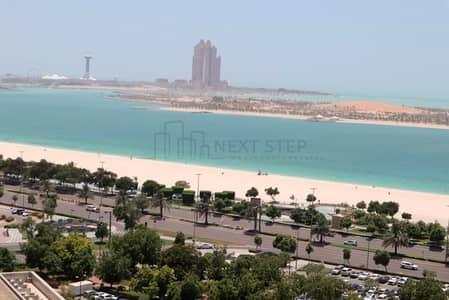 فلیٹ 4 غرفة نوم للايجار في منطقة الكورنيش، أبوظبي - شقة في منطقة الكورنيش 4 غرف 150000 درهم - 4288471