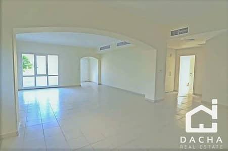 فیلا 4 غرفة نوم للبيع في السهول، دبي - 4 bedroom / Full Lake View with Pool