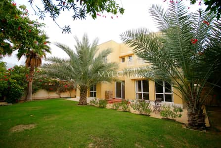 5 Bedroom Villa for Rent in The Meadows, Dubai - Fully Upgraded 5BR Villa Private Garden
