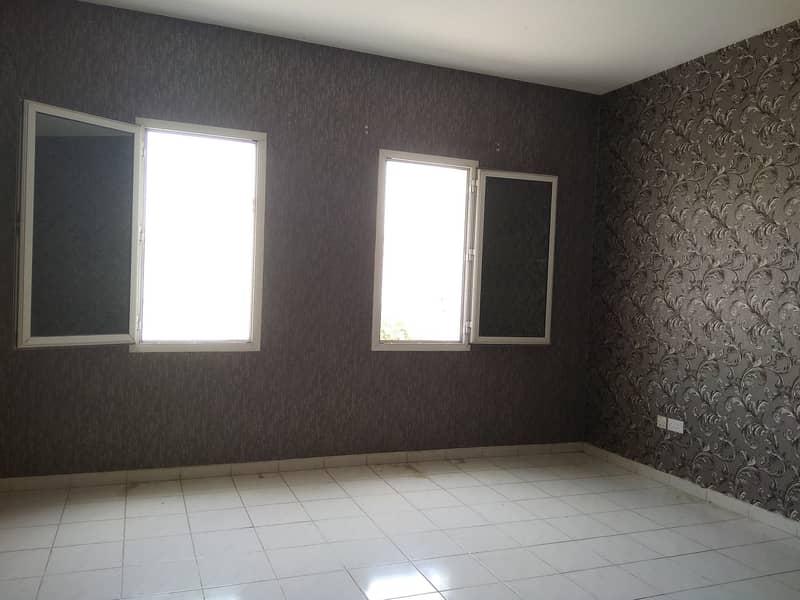 شقة في طراز إيطاليا المدينة العالمية 22000 درهم - 4289334