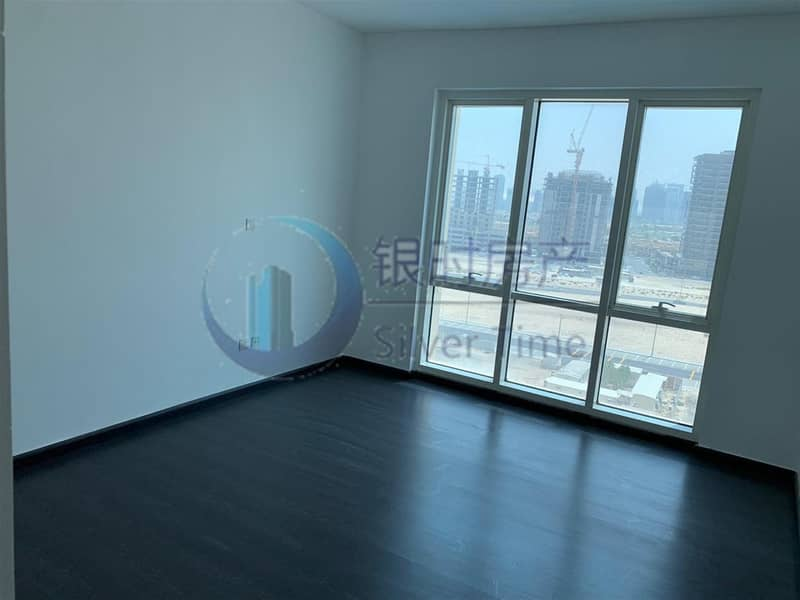 12 Stunning two bedroom for sale / Pool View