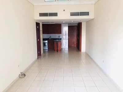 1 Bedroom Flat for Rent in Jumeirah Lake Towers (JLT), Dubai - 1 BR| Lake View| Next to the Metro| Semi Furnished