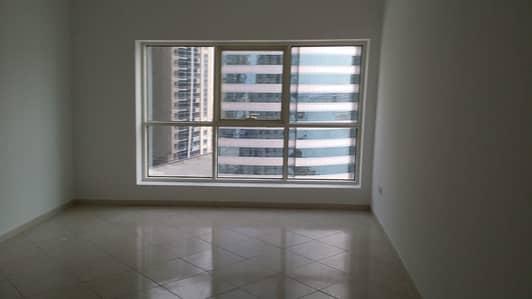 3 Bedroom Flat for Rent in Al Khan, Sharjah - For rent Panoramic 3 bedroom flat at Al Khan