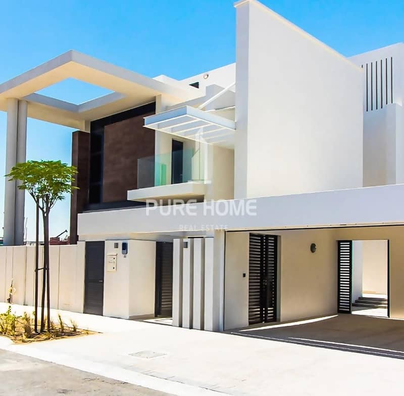 Buy a Property in the Finest Location ..Elegant  4 Bedrooms Villa in Yas Island