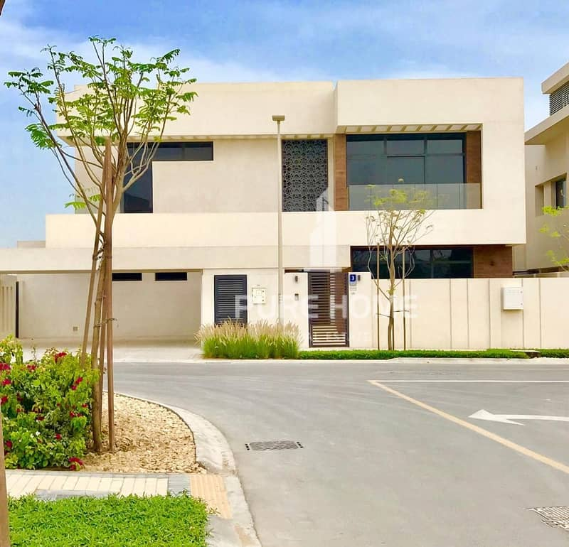 2 Buy a Property in the Finest Location ..Elegant  4 Bedrooms Villa in Yas Island