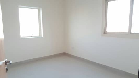 شقة 3 غرفة نوم للايجار في تجارية مويلح، الشارقة - شقة في تجارية مويلح 3 غرف 45000 درهم - 4290932