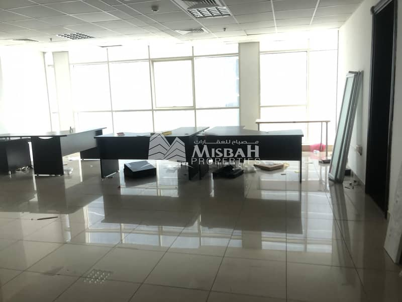 1134sqft Office @ AED 55/sq.ft  with Free Parking Near Al Mulla Plaza