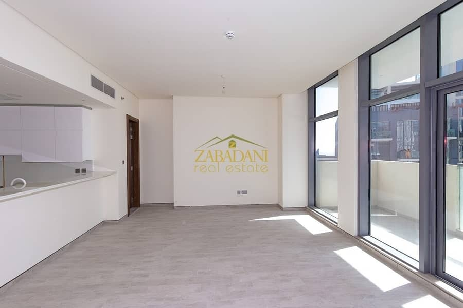 2 OWN LUXURIUS 1 BEDROOM WITH BURJ VIEW ONLY FOR 1M