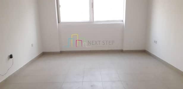 شقة 2 غرفة نوم للايجار في منطقة النادي السياحي، أبوظبي - Cheap Price !!! 2 BHK with Balcony and Wardrobes For 55K Only
