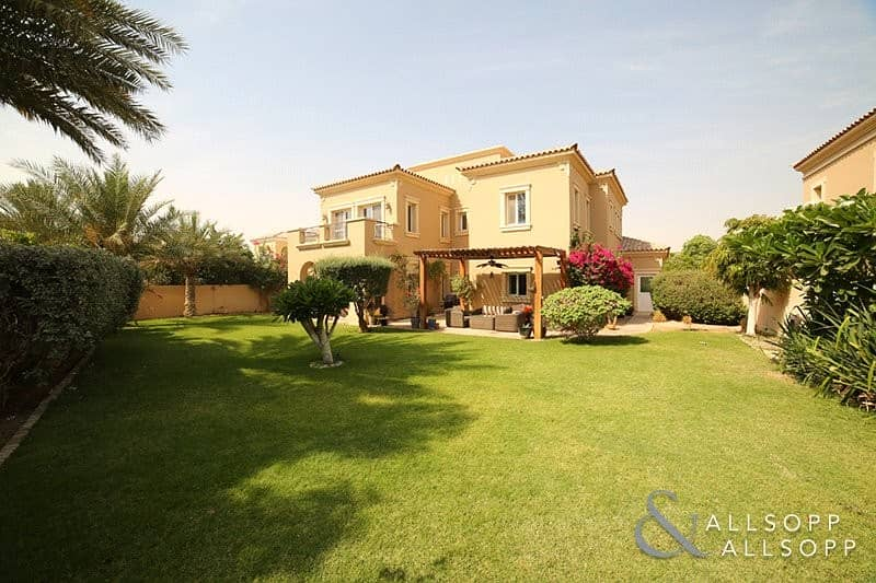Well Located | 4 Bedrooms | Large Plot