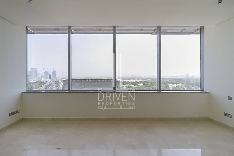 2 Spacious and Rare Unit with Amazing View