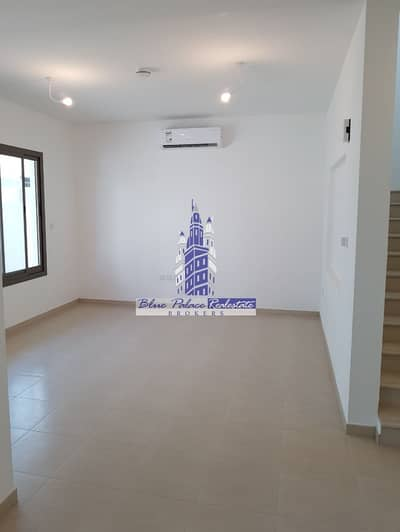 3 Bedroom Townhouse for Sale in Town Square, Dubai - Ready to move in Zhara Type  2