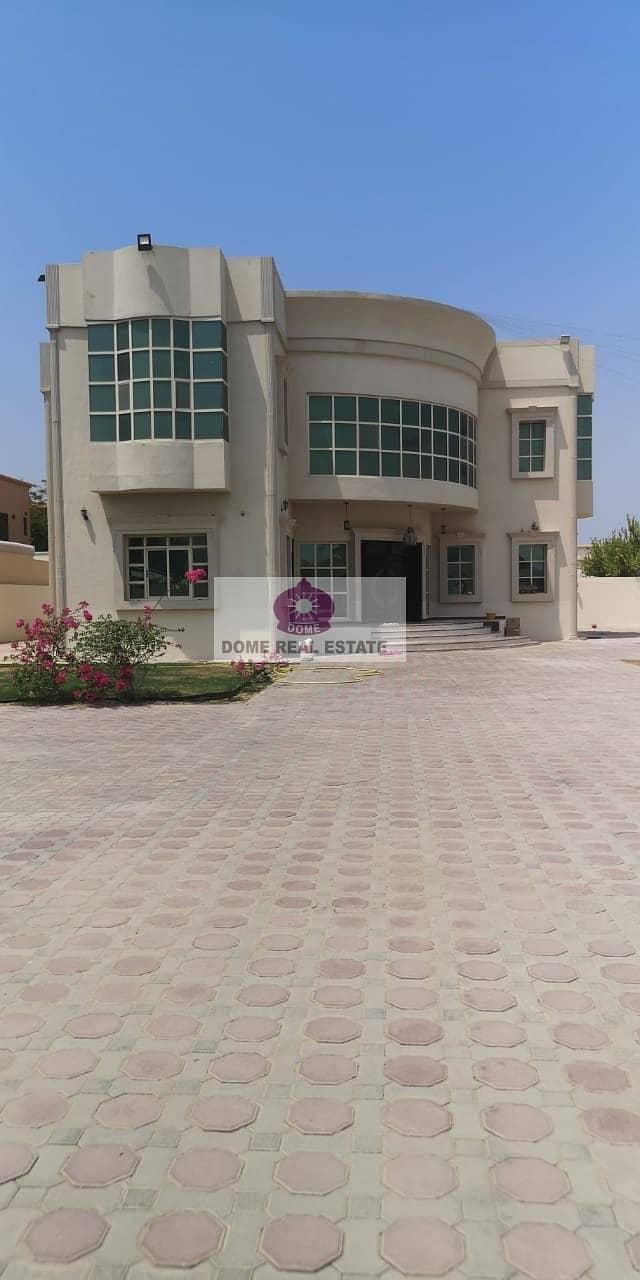 2 Al Barsha 2 :4 B/R Indp double storey villa avilable for rent