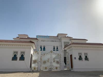 11 Bedroom Villa for Rent in Shakhbout City (Khalifa City B), Abu Dhabi - New 17 bed villa with maids and drivers room as well as Guard tower
