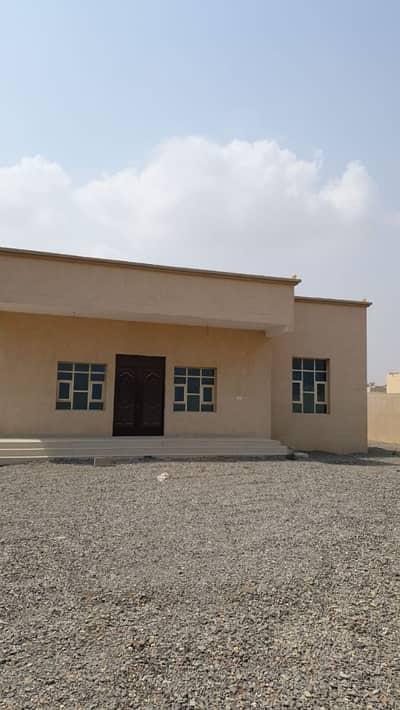 4 Bedroom Villa for Sale in Al Dhait, Ras Al Khaimah - New Vella For Sale One Million DHS Deal, Don't miss it out