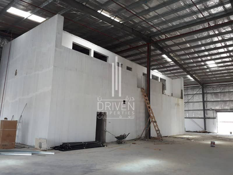 10 Warehouse for Sale in DIC