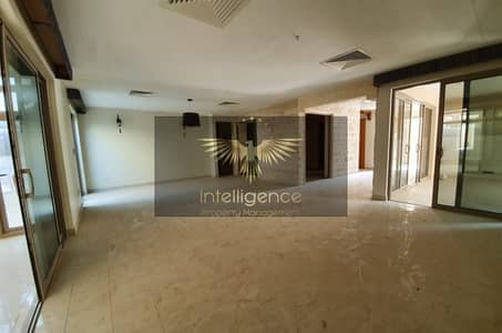 فیلا 4 غرفة نوم للبيع في حدائق الراحة، أبوظبي - High-Class Large Villa with Private Pool