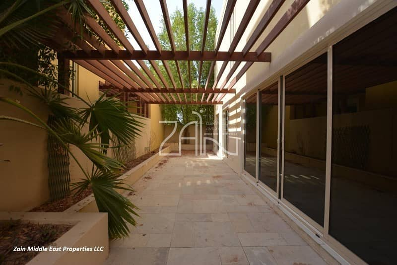 10 4BR Villa Type A Corner with Pool+Garden