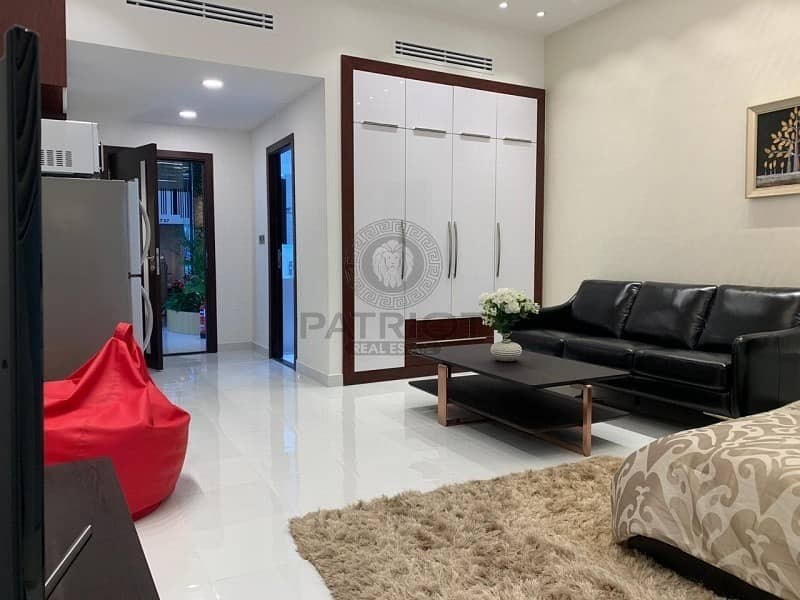 10 Party Furnished With Excellent Layout | 1% Monthly |4 Years Post Handover